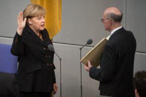 Меркел полага клетва като канцлер на Германия