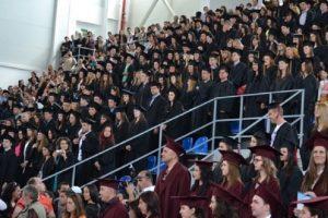 11 отличници ще се дипломират тази година в Химическия факултет на ПУ