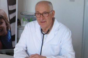 Д-р Веселин Давчев