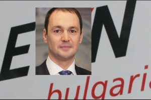 Шефът на EVN в България смята, че вложените инвестиции налагат токът да поскъпне.
