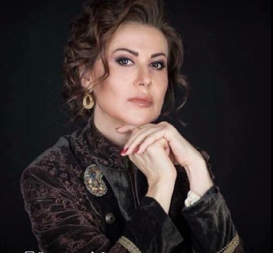 Кой Ви позволява, след като сте неинформирана да петните репутацията на най-успешния спорт на България, пита Раева