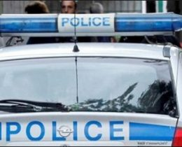 Полицията издирва извършителите