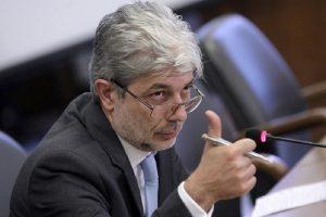 Екоминистър Нено Димов посъветва българите да си застраховат домовете