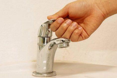 Стотици домакинства ще останат без вода