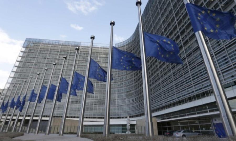 Гюнтер Йотингер, заяви, че са необходими сериозни мерки, за да се запълни дупката от 12-14 млрд. евро