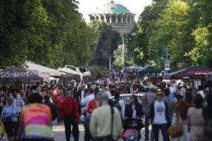 Само след 2 години населението на България ще е под 7 милиона