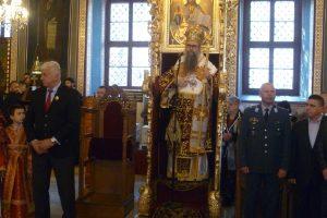Митрополит Николай отслужи богослужението за Второ Възкресение