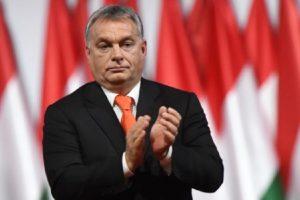 Виктор Орбан печели трети поред мандат
