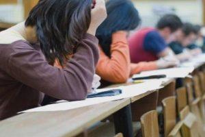 12-класниците с отлични резултати влизат без изпит в ПУ