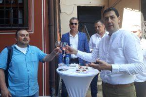 Иван Тотев си каза наздраве и с главния редактор на ПловдивПрес Спас Кузов