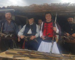"""Славчо Атанасов и представители на сдружение """"Хайдути"""""""