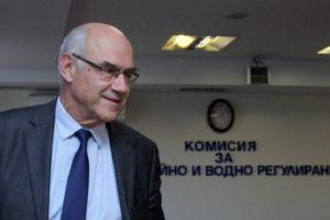 Шефът на КЕВР Иван Иванов ще каже днес с колко поскъпва животът.