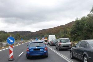 Ремонти ограничават движението по магистралата