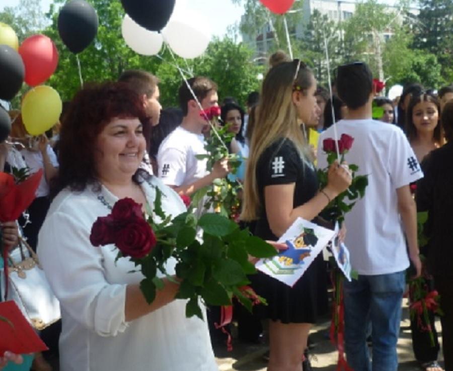 Вихра Ерамян - директор на Руската гимназия