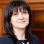 Цвета Караянчева отговори на Нинова за заплатите на депутатите от БСП