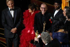 """Димитър Маринов заедно с екипа на филма """"Зелената книга"""" на сцената на наградите """"Оскар"""