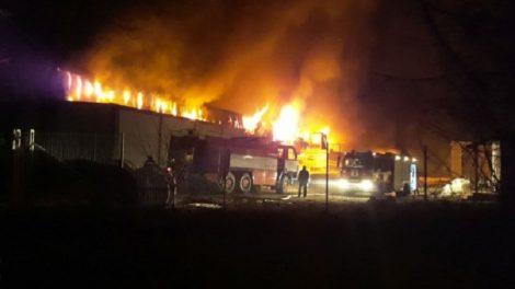 Огнеборците се борят със стихията от 18,30 часа Снимка:bTV