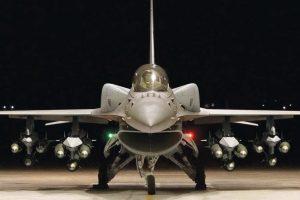 Самолет F-16 блок 70