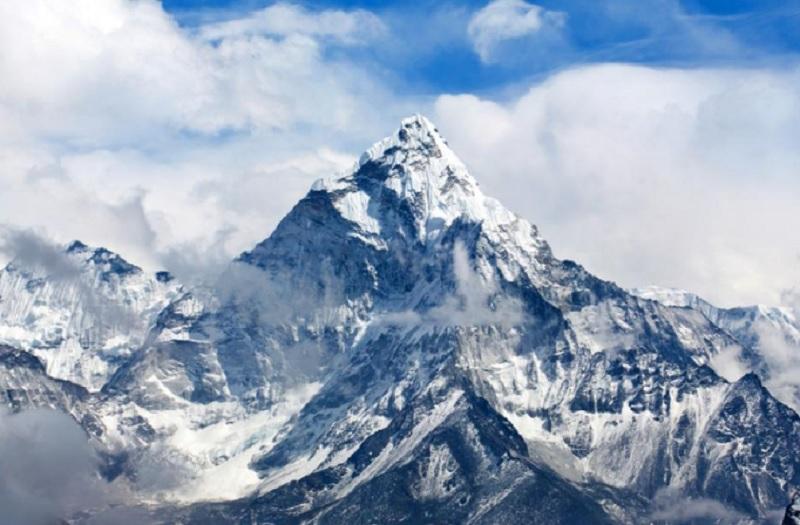 everest3, Еверест или Джумулумгма - върхът на боговете