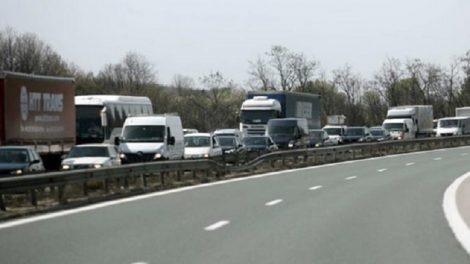 """Катастрофата затрудни движението по магистрала """"Тракия"""" Снимката е илюстративна novini-plovdiv-press"""