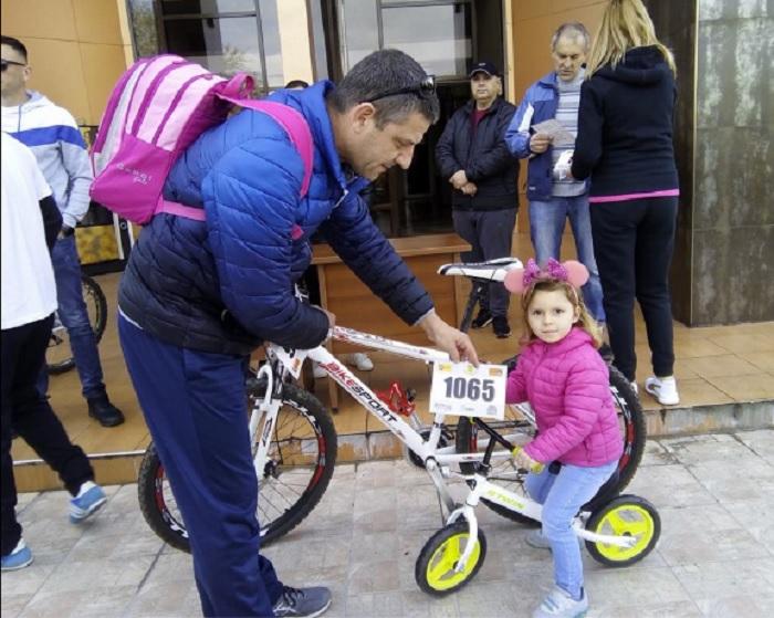 3-годишната Яна беше дошла с баща си novini-plovdiv-press