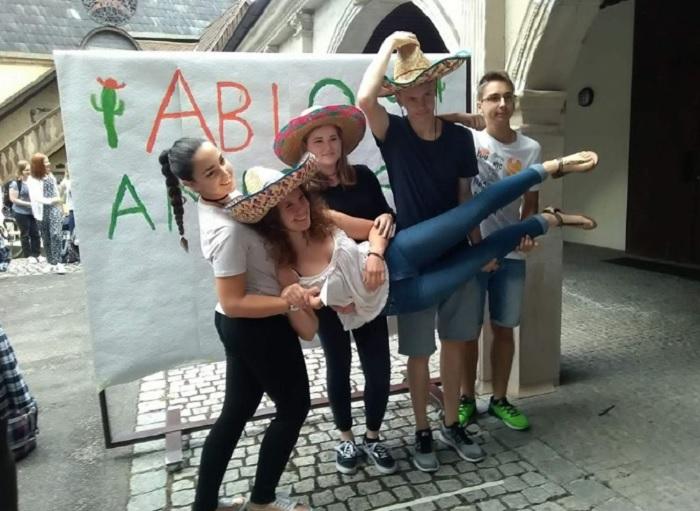 Христо с приятели в Германия в деня на абитуриентски балове novini-plovdiv-press