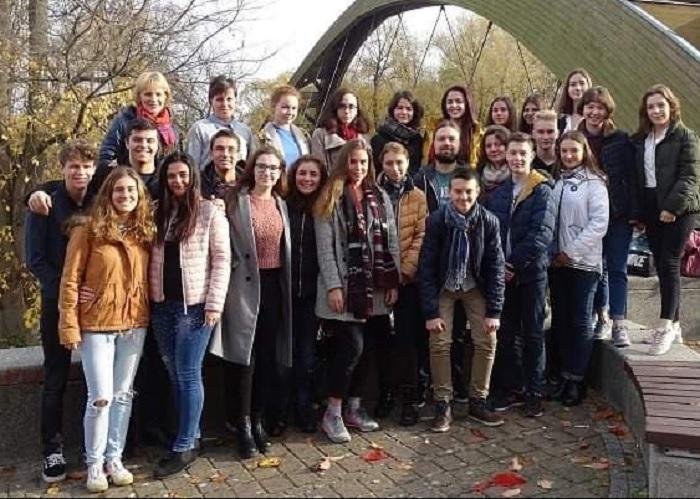 Христо с младежи от т Русия, Украйна и България на пробното следване в университета във Франкфурт на Одър novini-plovdiv-press