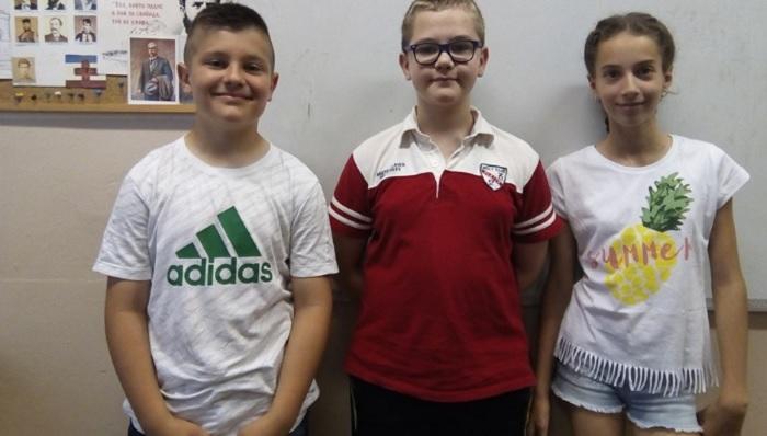 """Антоан, Стивън и Алекса от 4 """"б"""" клас novini-plovdiv-press"""