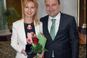 Десислава Кръстева и зам.-кметът Стефан Стоянов на церемонията по награждаването на 24 май novini-plovdiv-press