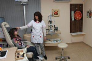 Зачестиха случаите на атаки в очите от кърлежи и червеи, предупреди д-р Гергана Попова novini-plovdiv-press