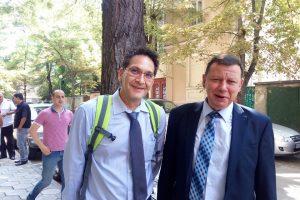 Калоян Узунов (вляво) и Спас Илиев пред Военния съд в Пловдив.