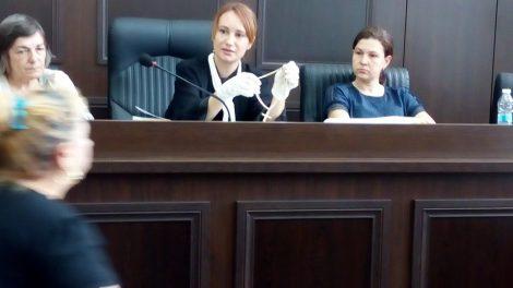 """Съдията показа синджира, а майката на Плъха веднага си го """"позна""""."""