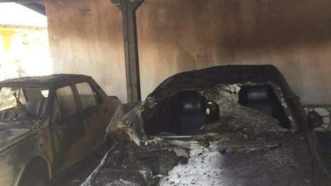 Мерцедесът на Георги Руменов е опожарен. СНИМКИ: ПловдивПрес