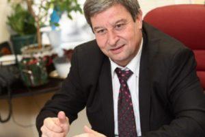 """Д-р Юлиян Петров, председател на Синдикат """"Образование"""" към КТ """"Подкрепа"""" novini-plovdiv-press"""