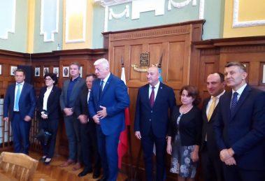 Здравко Димитров и екипът му