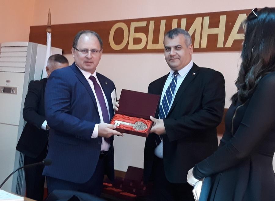 имитър Здравков прие ключа на Община Садово за трети път