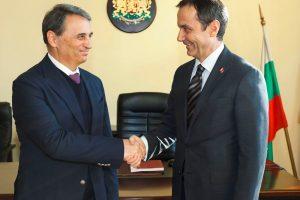 Проф. Пламен Моллов посрещна генералния консул на Република Турция в Пловдив Хюсейин Ергани