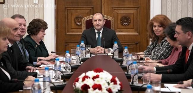 Президентът Радев и адвокатите
