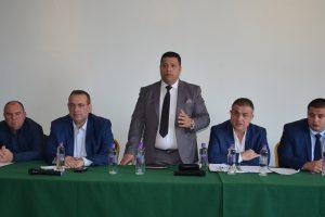 Али Байрам и местното ръководство на ДПС призоваха Столипинова към дисциплина.