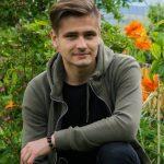 Владимир Ковачев не оставя безразлични дамите, които ценят мъжката красота.