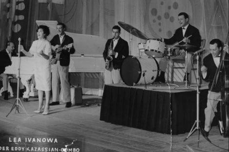 Леа Иванова, Вили Казасян и Ачо (със сакса), 1962 г.