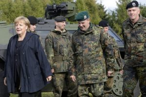 Меркел повежда Бундесвера срещу Covid-19