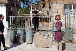 Елена Филева дари продукти на 30 семейства в Куклен