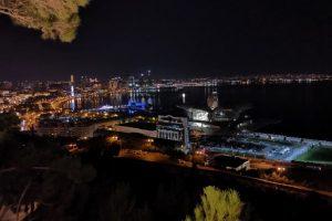 Баку през нощта