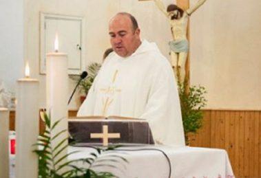 Отец Румен Станев