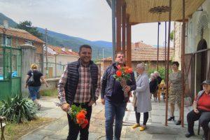 Павел Михайлов и Владимир Маринов в Устина