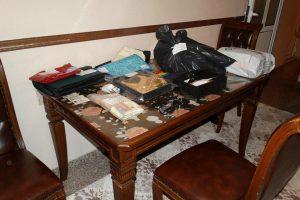 Част от вещите, открити в дома на лихваря Стефан Асенов