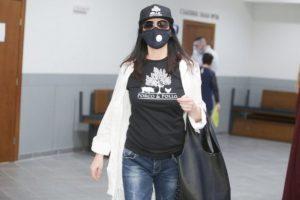 Жени Калканджиева с маска в съда. СНИМКА: Днес.бг
