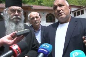 Бойко Борисов посети Рилския манастир, щом разбра за финансовите проблеми