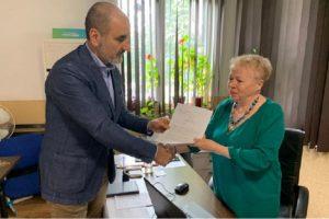 Цветанов подава заявлението за напускане на ГЕРБ. Кадър: ФБ